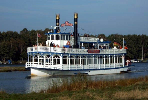 "Mississippi-Dampfer ""MS River Star"""